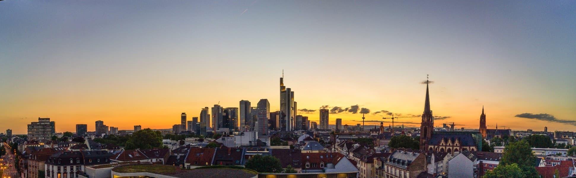 Internetrecht Onlinerecht Anwälte Kanzlei WeSaveYourCopyrights Rechtsanwaltsgesellschaft mbH Frankfurt am Main Skyline