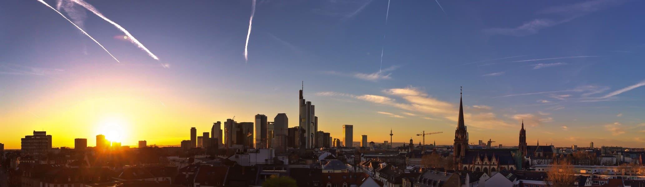 Wettbewerbsrecht Anwälte Kanzlei WeSaveYourCopyrights Rechtsanwaltsgesellschaft mbH Frankfurt am Main Skyline