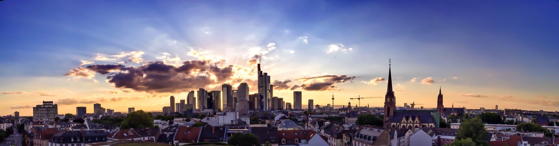 wesaveyourcopyrights anwälte über uns gewerblicher rechtsschutz frankfurt skyline